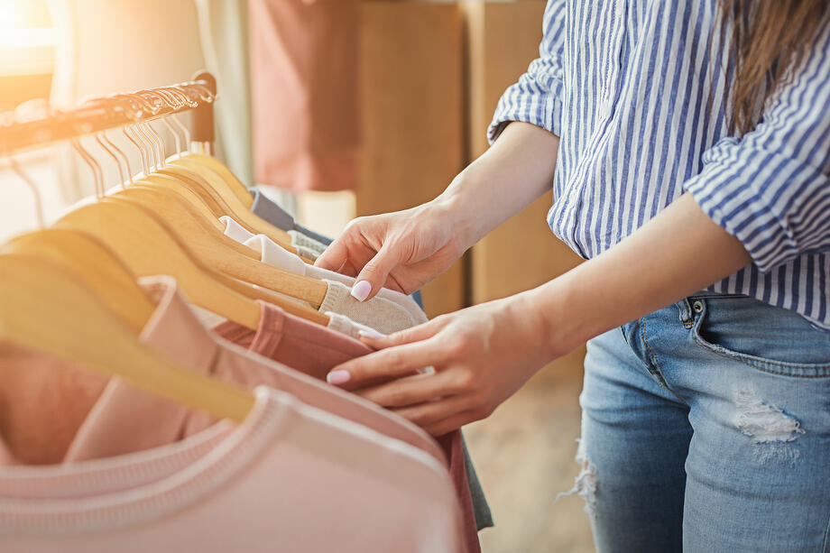 From Brick to Click: 5 Trends Shaping the Retail Shopping Experience Accumula Blog